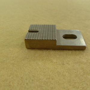 Пластина пуговицы 6,5мм B2410-372-OAO Juki 372