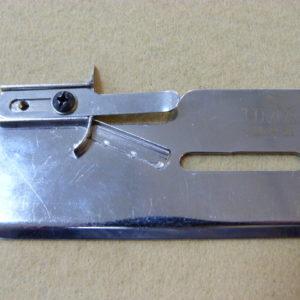 Приспособление UMA 51 для вшивания резинки внутрь