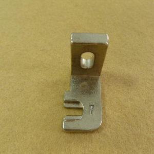 Лапка для пуговицы со стойкой 7мм B2419-372-COO Juki 372