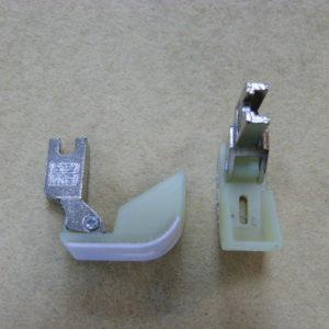 Лапка для синтепона пластиковая