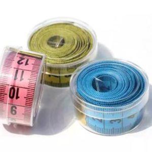 Сантиметры в пластиковых коробках